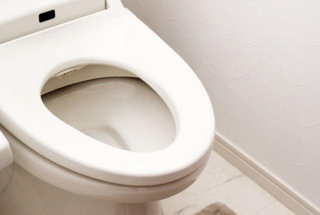 1階と2階両方のトイレが流れない